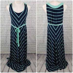 LIZ LANGE | maternity sleeveless stripe maxi dress